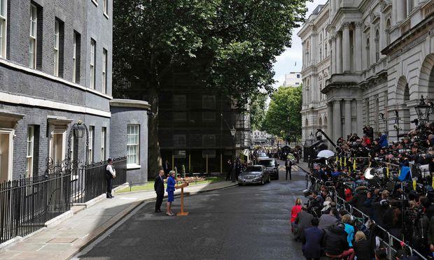 Nach Großbritannien-Wahl Gespräche über Minderheitsregierung erwartet