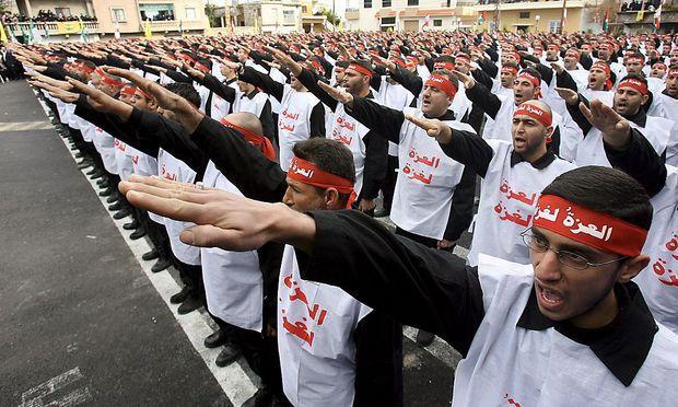 Kämpfer der Hisbollah in der südlibanesischen Stadt Qana