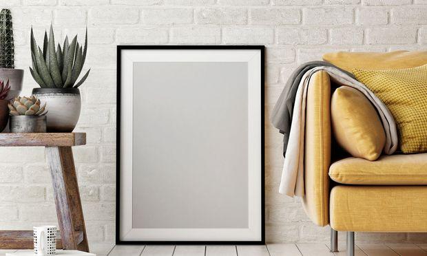 """Heuer zählt """"Meadowlark"""", das kühle Gelb der Wiesenlerche, zu den Trendtönen in der Mode. Das färbt auch auf die Kollektionen von Möbeltextilien ab."""
