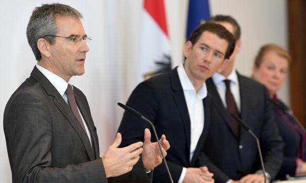 Bundeskanzler Sebastian Kurz sprach im Wahlkampf regelmäßig von zwölf bis 14 Milliarden Euro. Daher dürfte es auch kein Zufall sein, dass zuletzt gern die Gesamtzahl von 6,3 Milliarden Euro kommuniziert wurde.