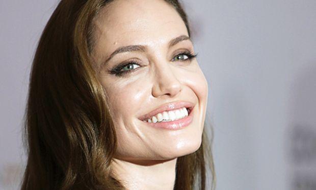 NeoRegisseurin Angelina Jolie Drehbuchstreit