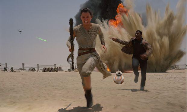 Rey (Daisy Ridley) und Finn (John Boyega)