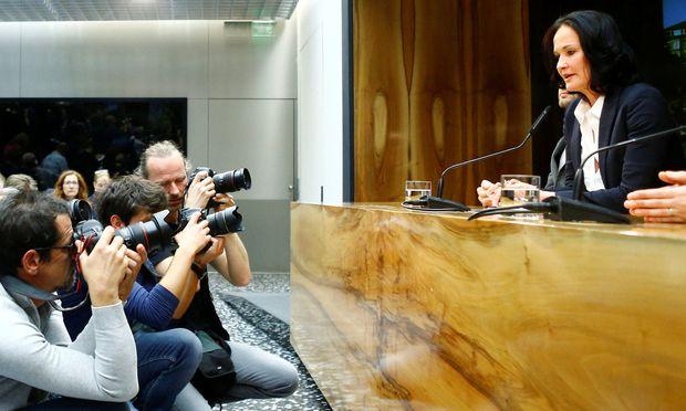 Eva Glawischnig bei ihrer Rücktrittssrede