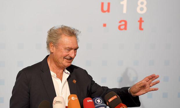 Er habe keine EU-Ratspräsidentschaft erlebt, die ihren Fokus so stark nach nationalen Interessen richte wie die österreichische, sagt Jean Aselborn.
