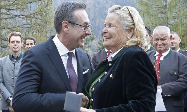 FPÖ-Chef Heinz-Christian Strache mit Claudia Haider