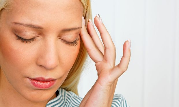 Frauen leiden dreimal so häufig an Migräne.