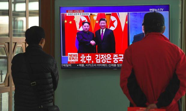 Kim Jong Un scheint auf Besuch in Peking
