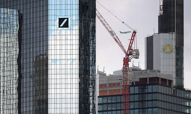 GERMANY-UNIONS-MERGER-BANKING-DEUTSCHEBANK-COMMERZBANK