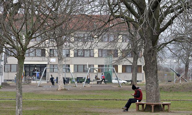 Flüchtlingsheim Trainskirchen