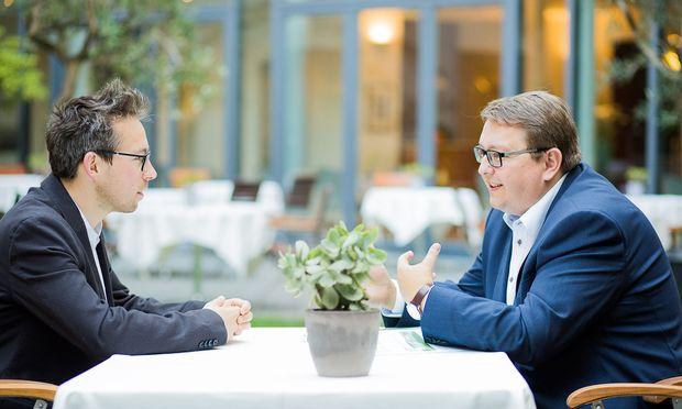 """""""Wo beginnt ein Baum? Was ist noch ein Busch?"""", sagt Energie Steiermark-Vorstand Martin Graf zum Thema Baumrodungen."""