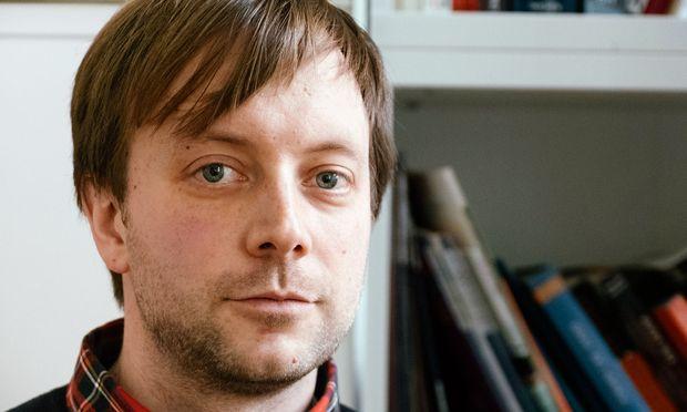 """Zeichner. Benjamin Swiczinsky gründete """"Neuer Österreichischer Trickfilm""""."""