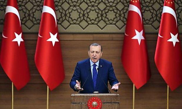 Jetzt droht Erdoğan auch noch Europa