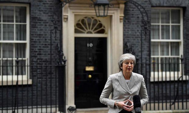 Theresa May muss reden, reden, reden.