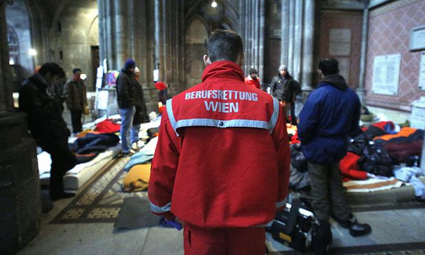 Die Asylwerber in der Votivkirche bringen Bewegung in die Asyl-Diskussion.