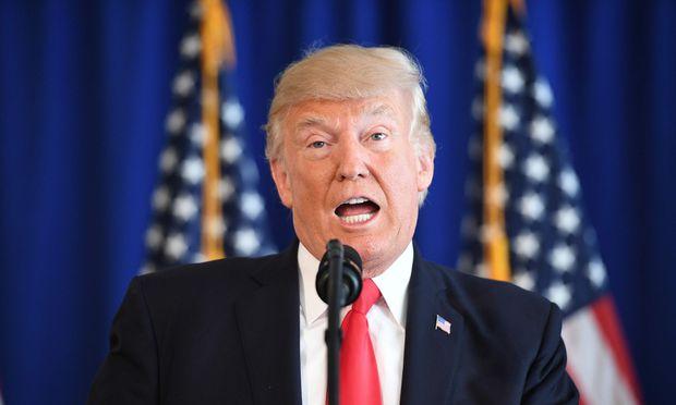 Trump unterzeichnet Resolution gegen Rassismus und Hasskriminalität