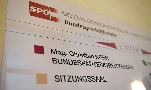 Christian Kern macht es seiner Partei nicht einfach.
