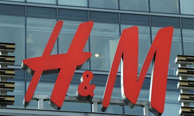 Wetter und Schuldenkrise setzen H&M zu