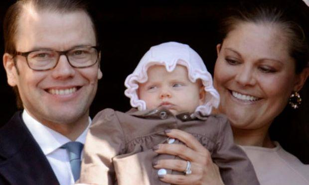Estelle mit ihren Eltern