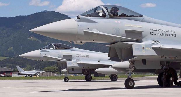 Saudische Typhoons anno 2011 in Zeltweg , im Hintergrund eine österreichische.