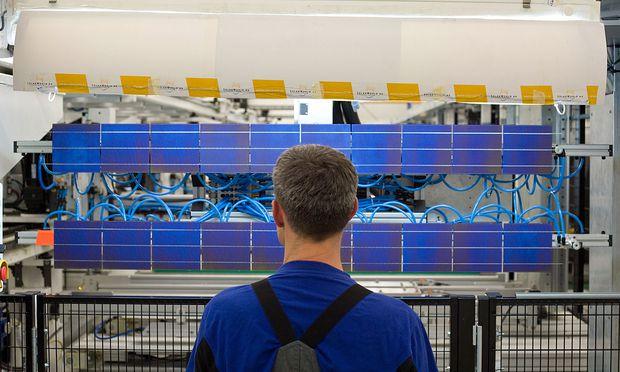 Der deutsche Solarzellenbauer Solarworld hat seinen langen Überlebenskampf verloren. 3300 Mitarbeiter sind betroffen.