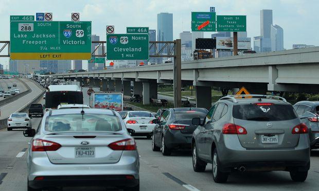 Der amerikanische Autoversicherer Progressive Corporation ist an der Börse derzeit recht gut unterwegs.