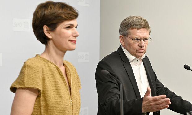 SPÖ-Bundesparteivorsitzende Pamela Rendi-Wagner und SPÖ-Wahlkampfmanager Christian Deutsch