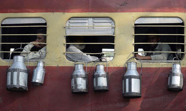 Symbolbild: Milchtransport in Indien