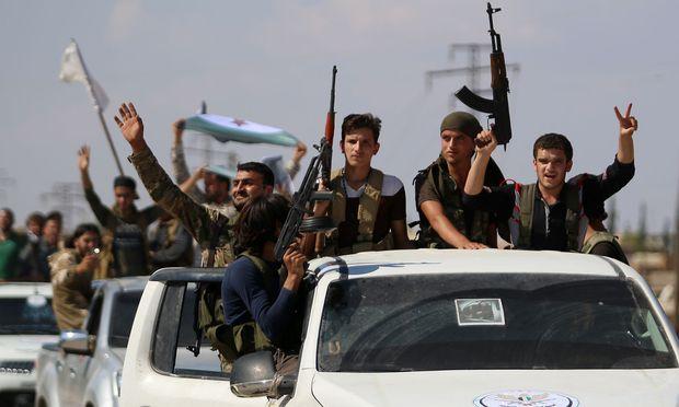 Rebellen in der syrischen Provinz Idlib.