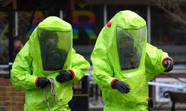 Nach Einschätzung von Fachleuten sind nur wenige Labors in der Welt in der Lage mit derart gefährlichen Nervenkampfstoffen zu arbeiten
