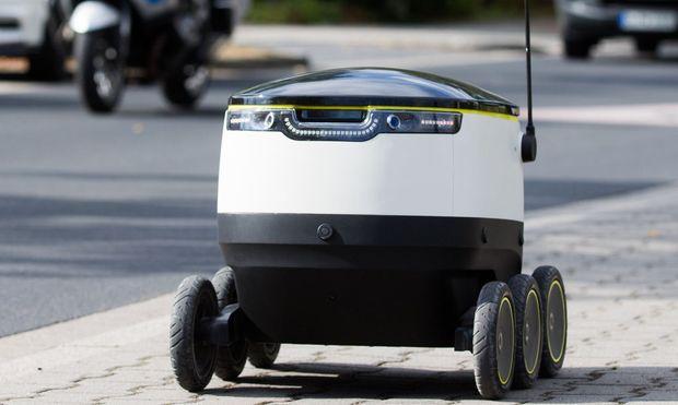roboter bringt einkauf bei media markt nach hause. Black Bedroom Furniture Sets. Home Design Ideas