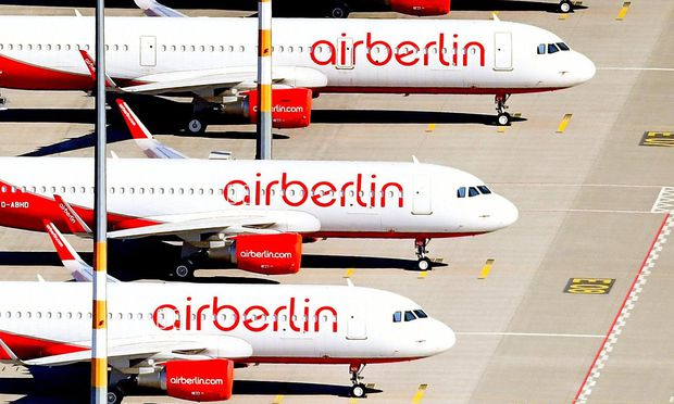 Die rot-weißen Flugzeuge fliegen nun nicht mehr.