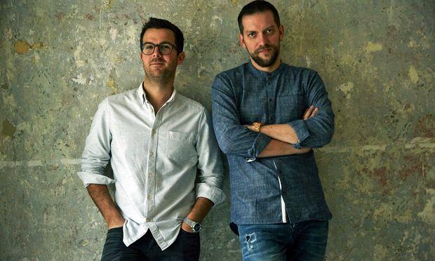 Matthias Pitra (l.) und Steve Breitzke eröffnen im Mai ihr Weinbistro Mast im neunten Wiener Bezirk.