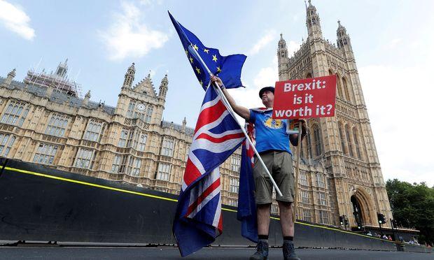 Harter oder weicher Brexit? Die Entscheidung würde der Finanzmarkt London schon jetzt gern kennen.