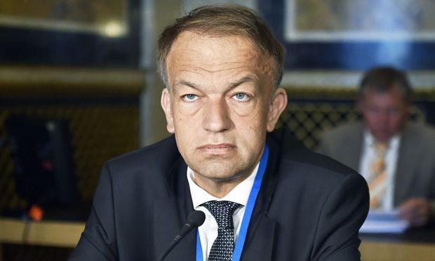 Meinhard Lukas vor dem U-Ausschuss.