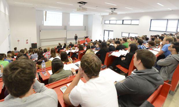 Für eine effiziente Aus- und Weiterbildung müssen verschiedenste Aspekte und Stakeholder berücksichtigt werden.