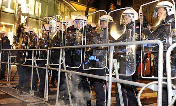 Burschenschafter-Ball: Polizei untersagt Demonstration