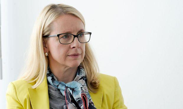 A1-Chefin Margarete Schramböck