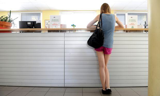 Arbeitslosigkeit in der Eurozone fällt auf Acht-Jahrestief