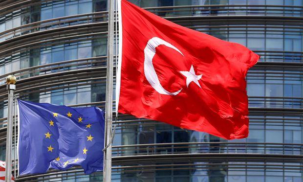 Drei Viertel der EU-Bürger sind gegen einen Beitritt der Türkei zur EU.