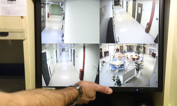 Archivbild: Überwachungsanlage des Zellentraktes in der Justizanstalt Josefstadt, in dem Rachat Alijew ums Leben kam.