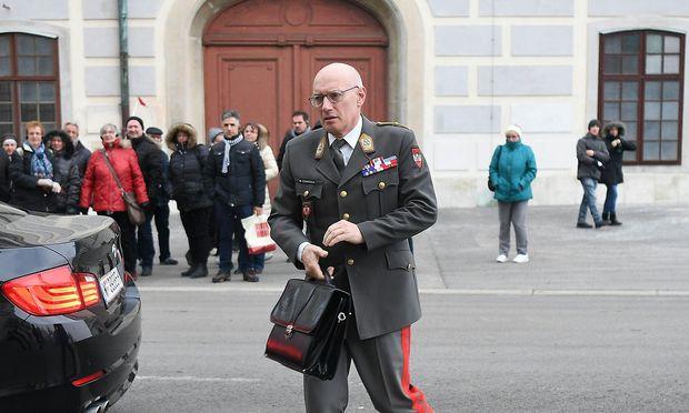 NATIONALER SICHERHEITSRAT 'AKTUELLE VORFAeLLE RUND UM DAS BVT': COMMENDA