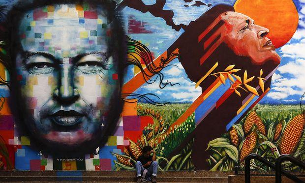 El Comandante Hugo Chávez wird heute noch von vielen Venezolanern verehrt und als Heilsbringer des Volkes gesehen.