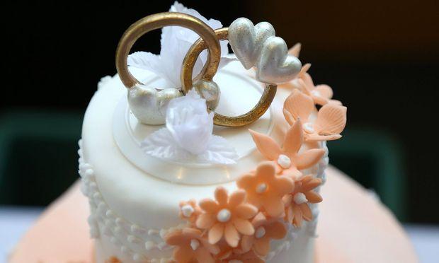 Braut sagt Hochzeit ab - und spendet Festessen an Obdachlose