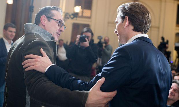Das neue Koalitionsduo: FPÖ-Chef Heinz-Christian Strache und ÖVP-Obmann Sebastian Kurz (von links).