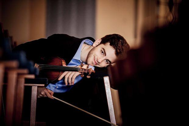 Der 23-jährige Violinist Emmanuel Tjeknavorian wird zwei Konzerte im Musikverein spielen.