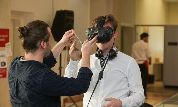 Eine Idee aus der Crowd: Mit VR-Brillen Präsentationstrainings noch lebensechter gestalten.