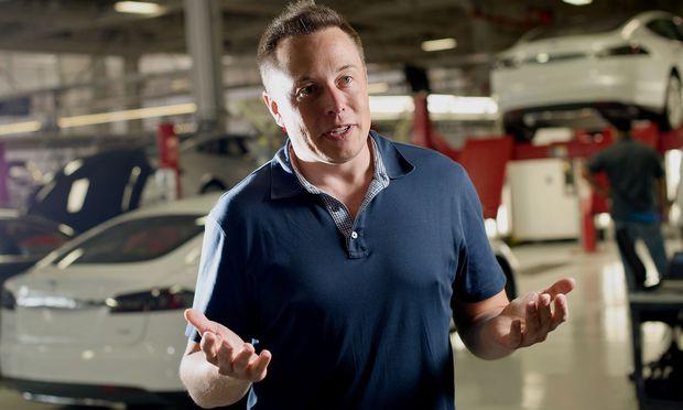 Elon Musk räumt ein: Ohne Gewinn geht's auch nicht
