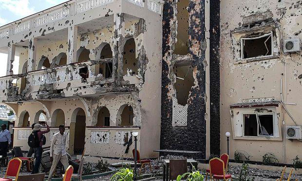 Das Hotel nach dem Angriff der Extremisten.