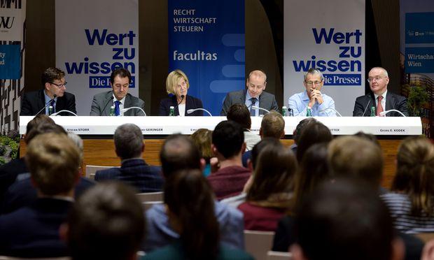 Stefan Storr, Bernhard Geringer, Lydia Ninz, Benedikt Kommenda, Hans-Peter Hutter, Georg Kodek (v. l.).