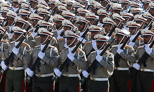 Iran: Neun Tote bei Anschlag während Militärparade